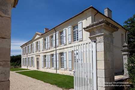 Châteaux et Manoirs MH/ISMH VILLEBOIS-LAVALETTE - Ref CH-77182